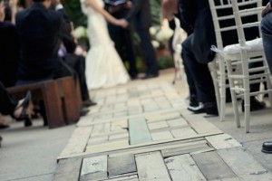 diy-wood-aisle-runner
