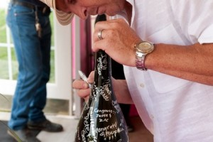 wine-bottle-guestbook